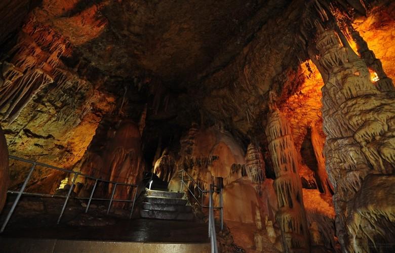 Отдых в Крыму. Мраморная пещера