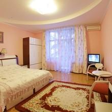 """Апартамент 2-комнатный.Парк-отель """"Глория"""""""